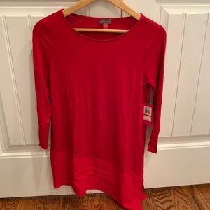 Beautiful Vince Camuto red top